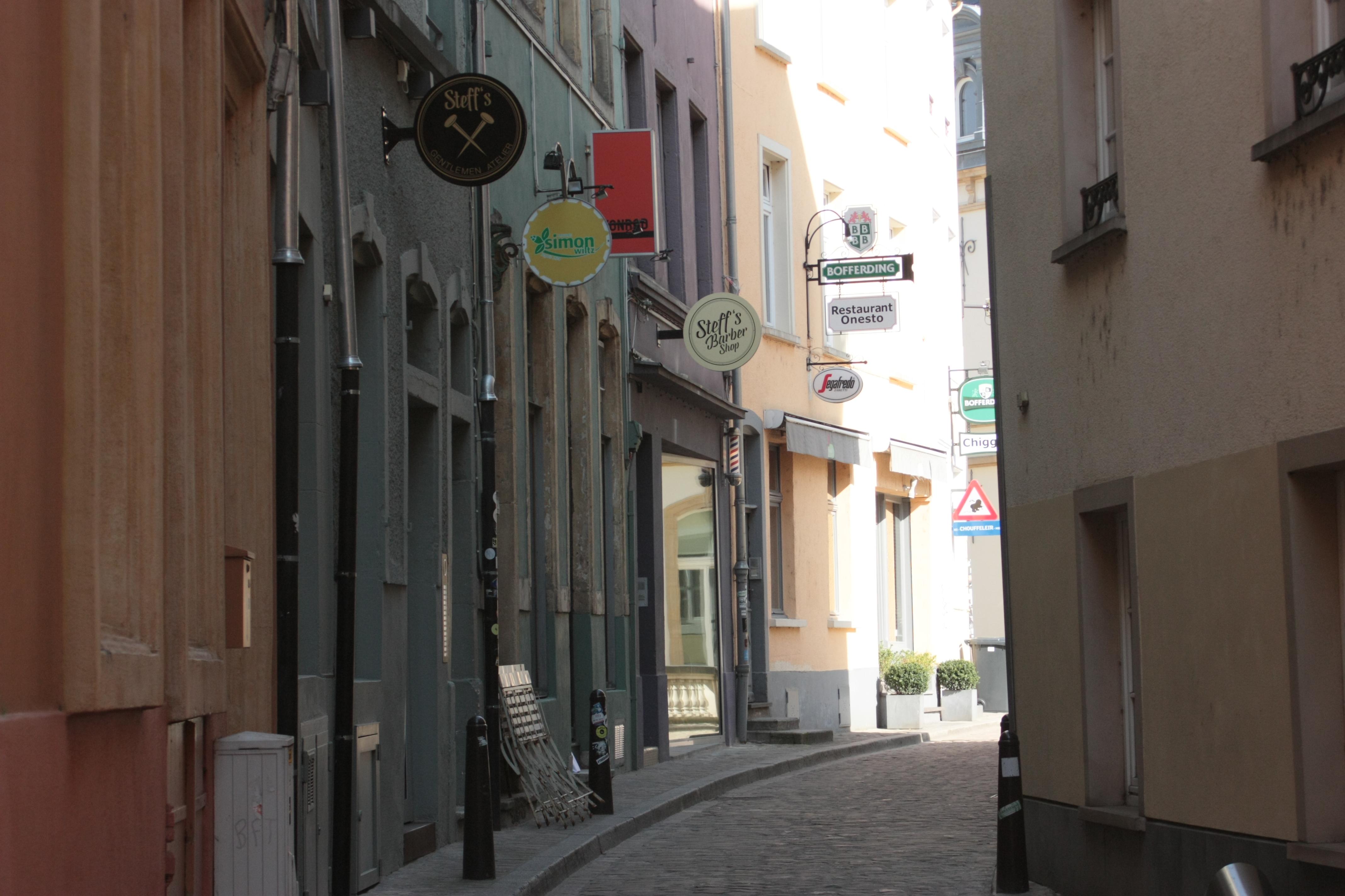 rue déserte restaurants fermés Luxembour crise corona