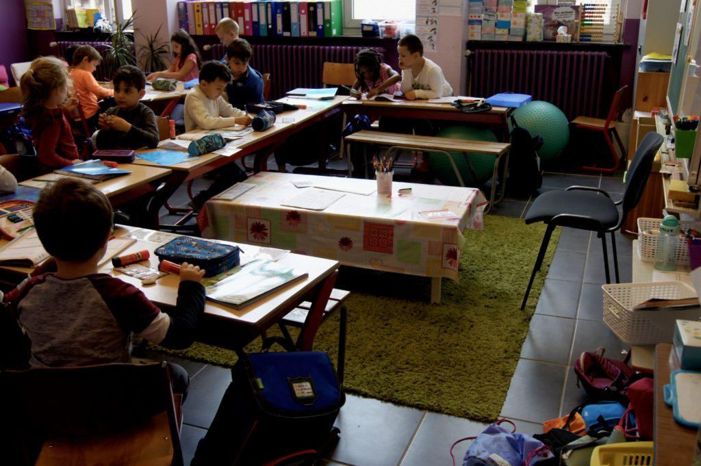 Vue d'ensemble sur la classe d'Othmane et sur ses camarades.