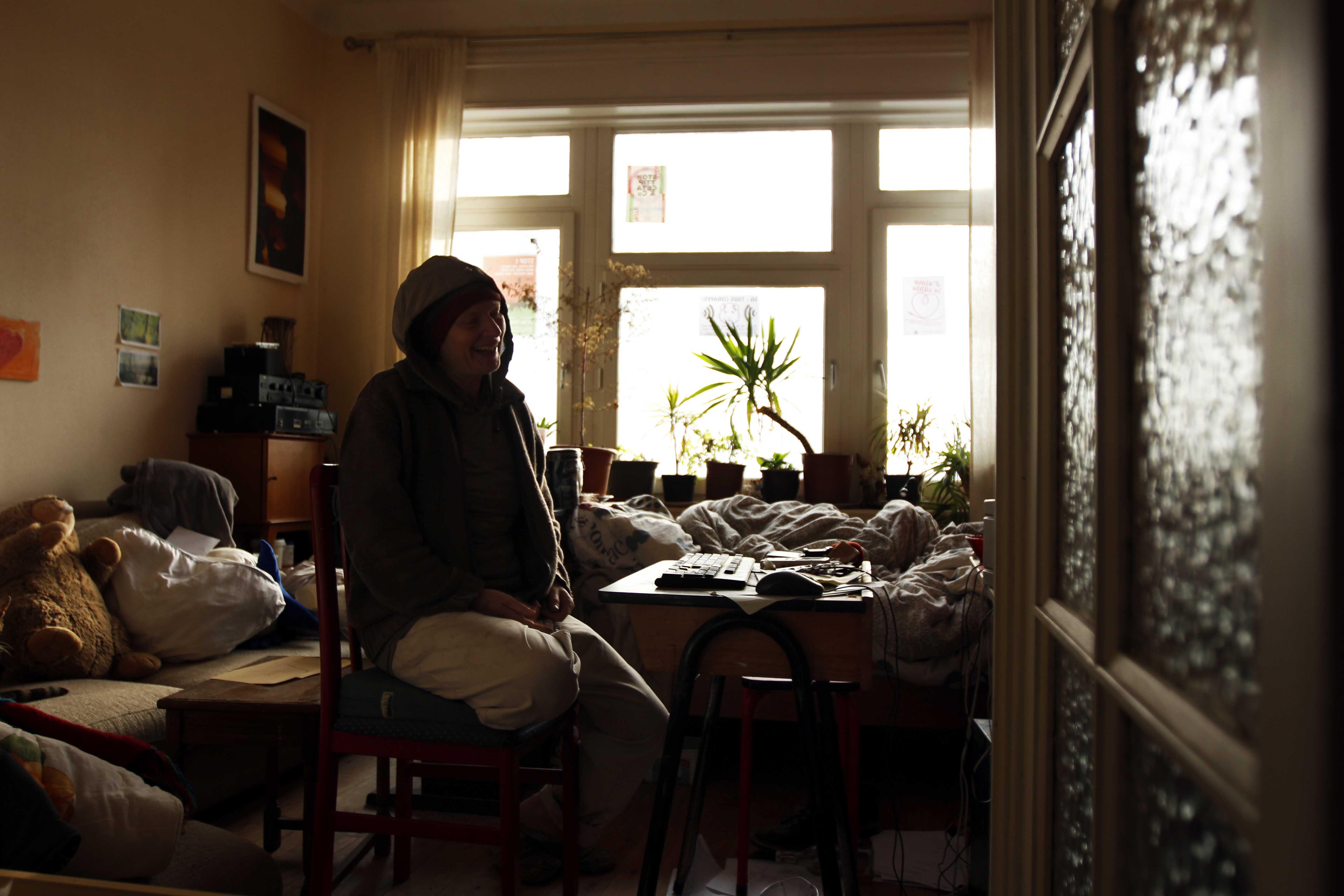 Kristien, atteinte d'EHS, dans sa chambre
